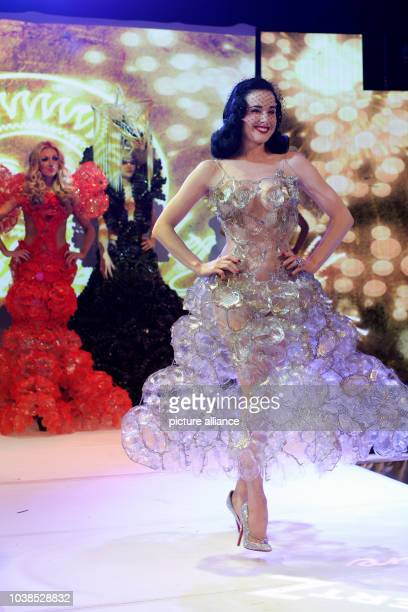 Burlesque model Dita von Teese performs in the Alter Wartesaal during Lambertz Monday Night in Cologne Germany 28 January 2013 Photo Rolf Vennenbernd...