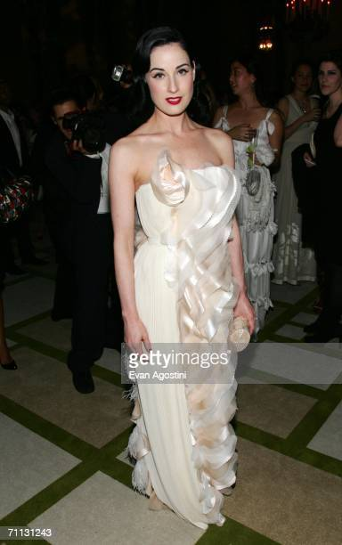 Burlesque performer Dita Von Teese attends the 2006 CFDA Awards at the New York Public Library June 5 2006 in New York City