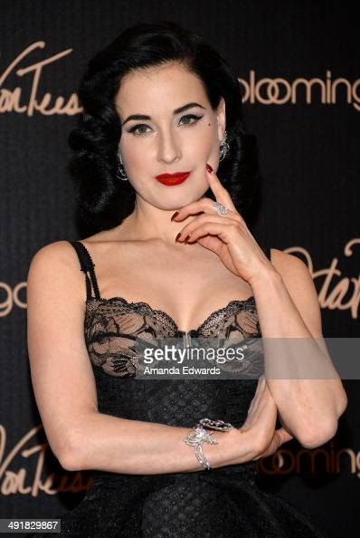 fotos e im genes de dita von teese launches her lingerie collection at bloomingdales getty images. Black Bedroom Furniture Sets. Home Design Ideas