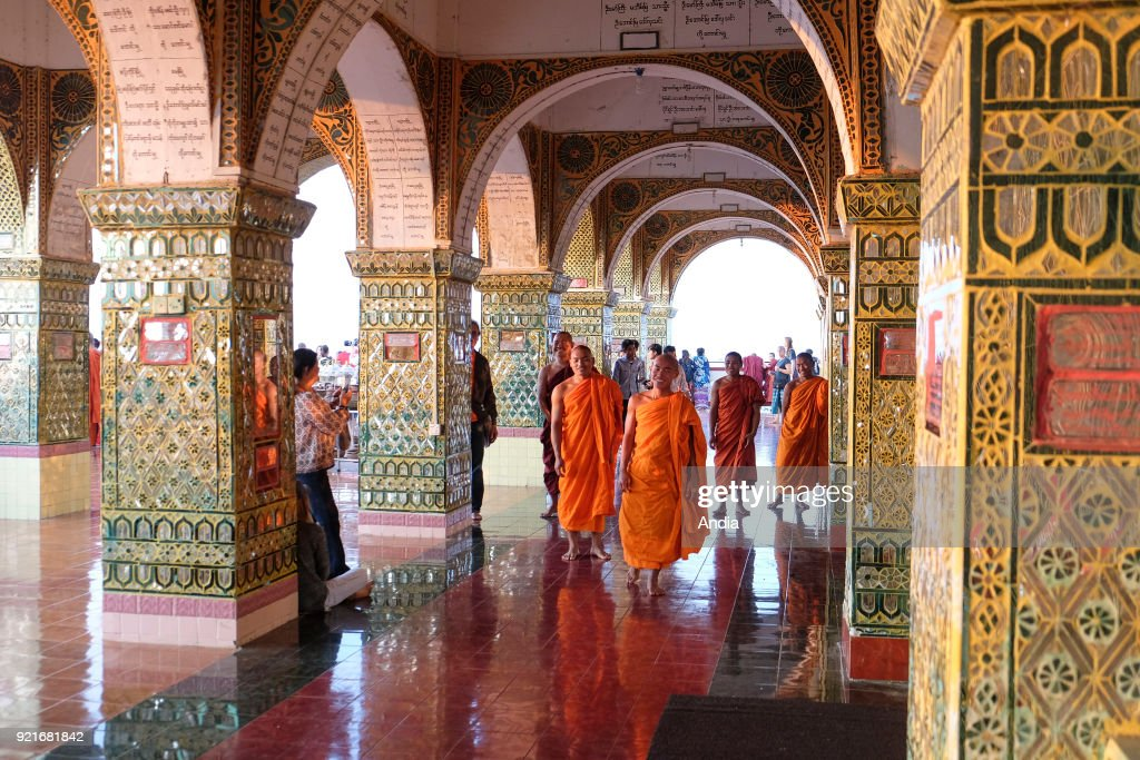 Buddhist monks. : News Photo