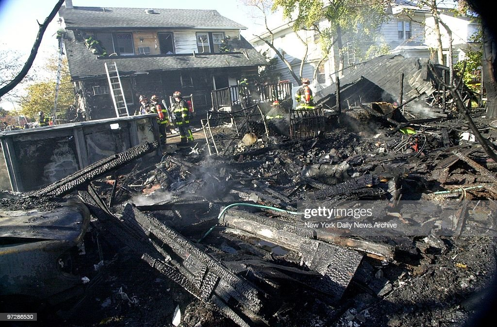 Burned wreckage of American Airlines flight 587 lies in the  : News Photo