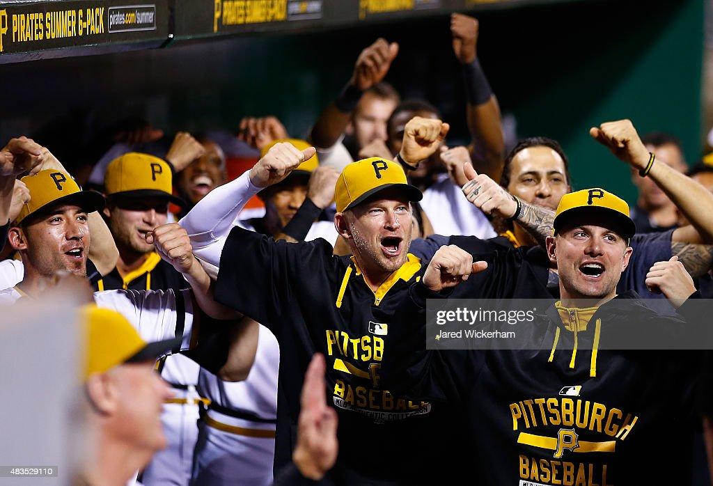 Los Angeles Dodgers v Pittsburgh Pirates : Nachrichtenfoto