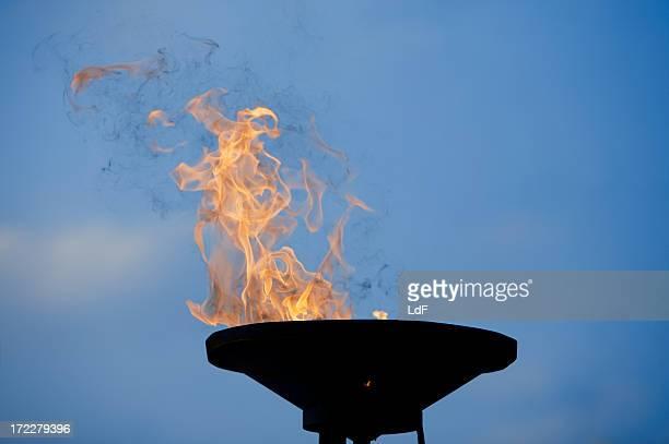 burning 大釜 - 大釜 ストックフォトと画像
