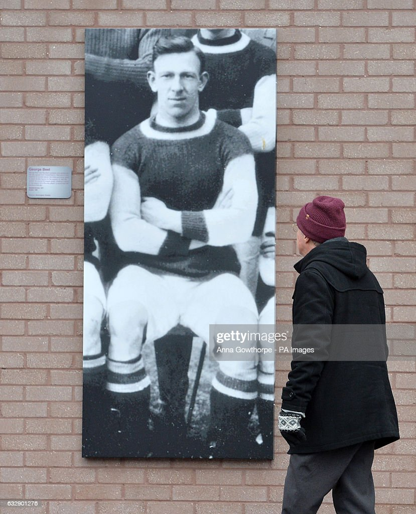 Burnley v Bristol City - Emirates FA Cup - Turf Moor : News Photo