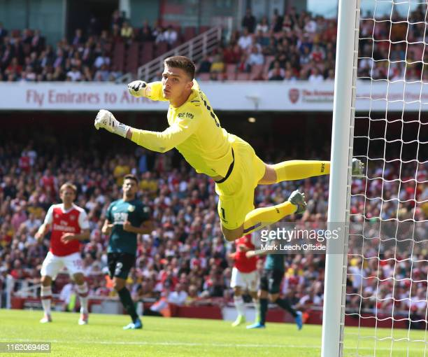 Burnley goalkeeper Nick Pope during the Premier League match between Arsenal FC and Burnley FC at Emirates Stadium on August 17 2019 in London United...