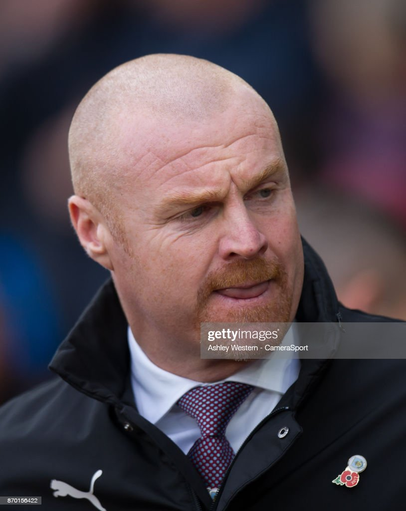 Burnley manager Sean Dyche during the Premier League match between Southampton and Burnley at St Mary's Stadium on November 4, 2017 in Southampton, England.