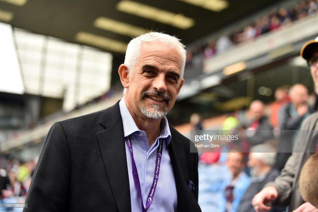Burnley v Brighton & Hove Albion - Premier League : News Photo