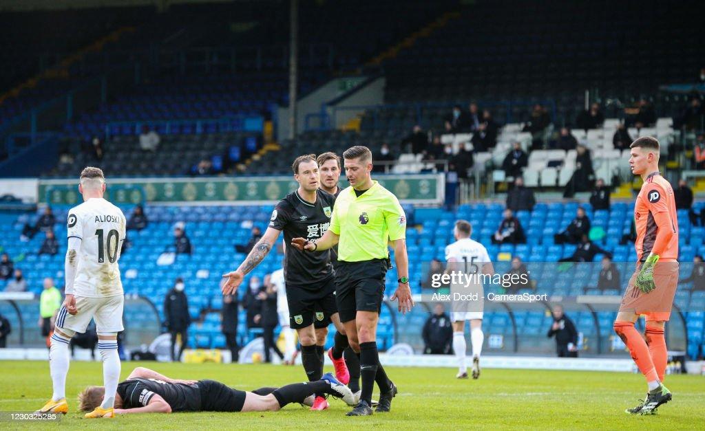 Leeds United v Burnley - Premier League : ニュース写真
