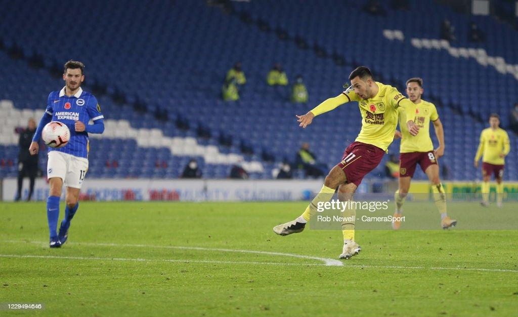 Brighton & Hove Albion v Burnley - Premier League : ニュース写真