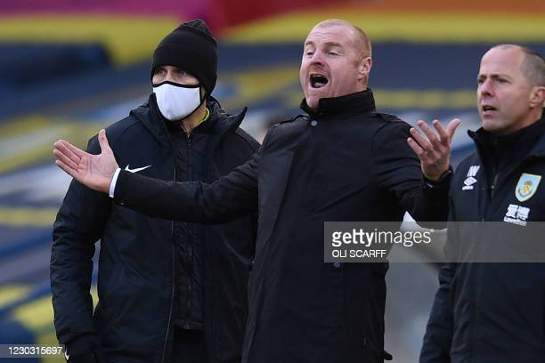 Burnley's English manager Sean Dyche reacts during the English Premier League football match between Leeds United and Burnley at Elland Road in...