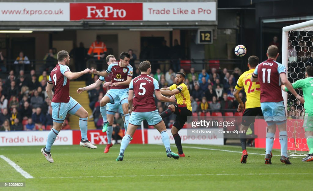 Burnley's Jack Cork scores his side's second goal during the Premier League match between Watford and Burnley at Vicarage Road on April 7, 2018 in Watford, England.