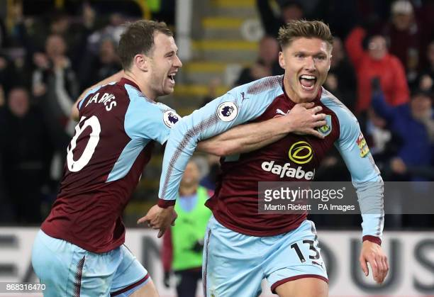 Burnley's Jeff Hendrick celebrates scoring his side's first goal of the game with Ashley Barnes during the Premier League match at Turf Moor Burnley