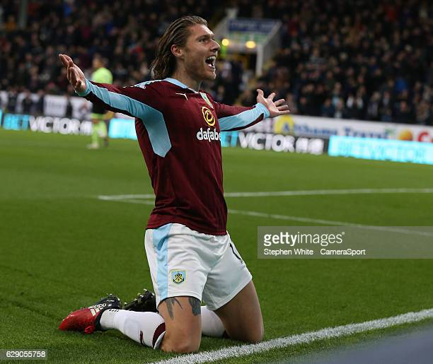 Burnley's Jeff Hendrick celebrates scoring the opening goal during the Premier League match between Burnley and AFC Bournemouth at Turf Moor on...
