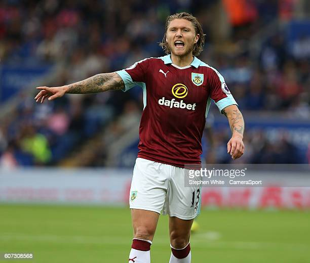 Burnley's Jeff Hendrick during the Premier League match between Leicester City and Burnley at The King Power Stadium on September 17 2016 in...