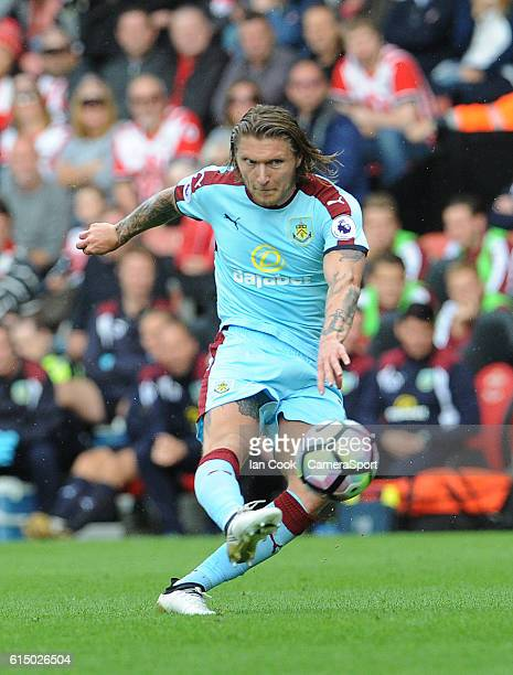 Burnley's Jeff Hendrick has a shot at goal during the Premier League match between Southampton and Burnley at St Mary's Stadium on October 16 2016 in...