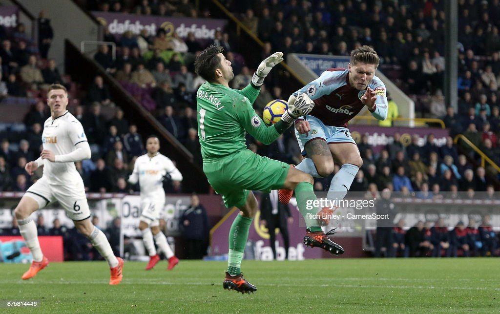 Burnley's Jeff Hendrick has his close-range effort charged down by Swansea City's Lukasz Fabianski during the Premier League match between Burnley and Swansea City at Turf Moor on November 18, 2017 in Burnley, England.