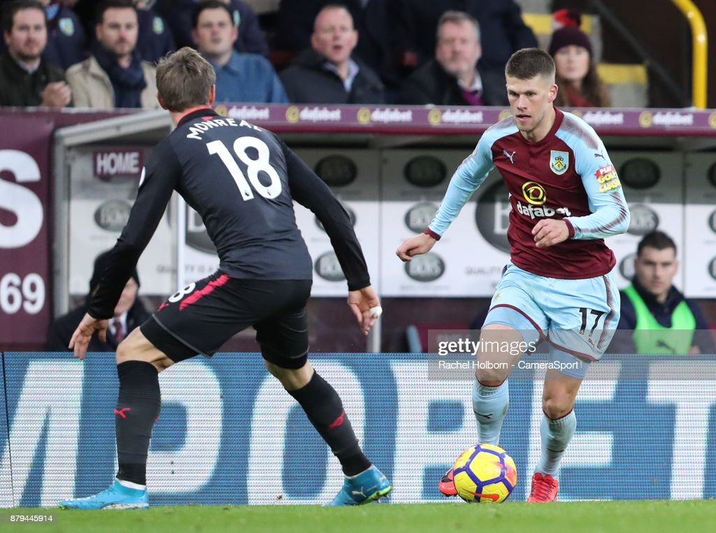 Burnley v Arsenal - Premier League : News Photo