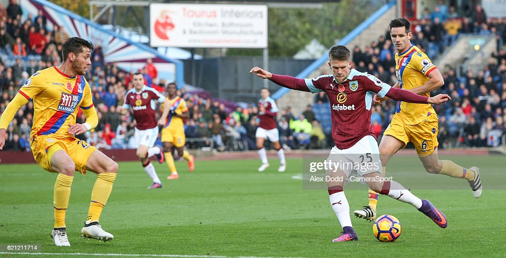 Burnley v Crystal Palace - Premier League : News Photo