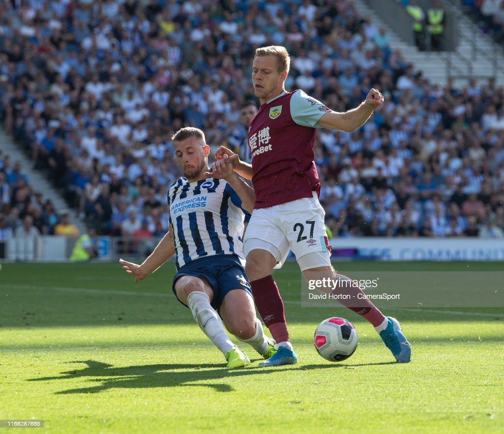 Brighton & Hove Albion v Burnley FC - Premier League : ニュース写真