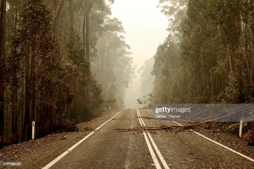 Bushfires Continue To Burn Across East Gippsland As Army Is Called In To Assist : News Photo
