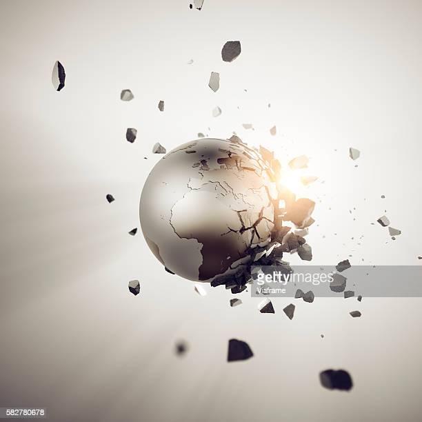 Bursting Globe Europe