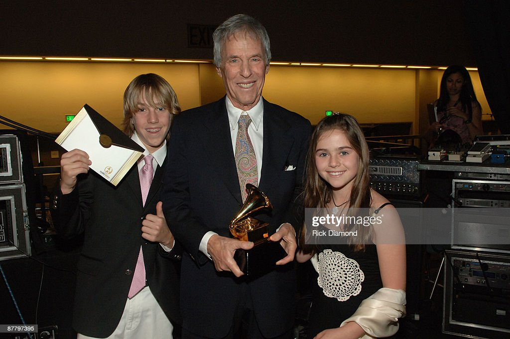 The 48th Annual GRAMMY Awards - Pre-Telecast - Backstage : News Photo