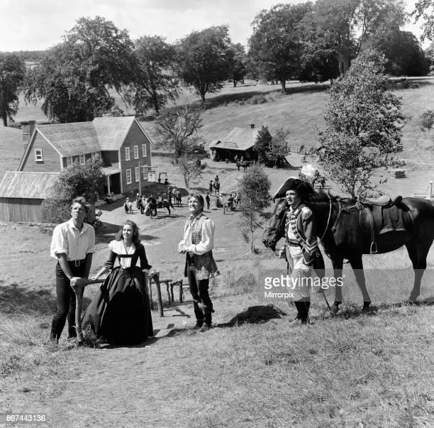 Burt Lancaster Janette Scott Kirk Douglas and Laurence Olivier on the set of 'The Devil's Disciple' in Tring Park Hertfordshire 30th July 1958