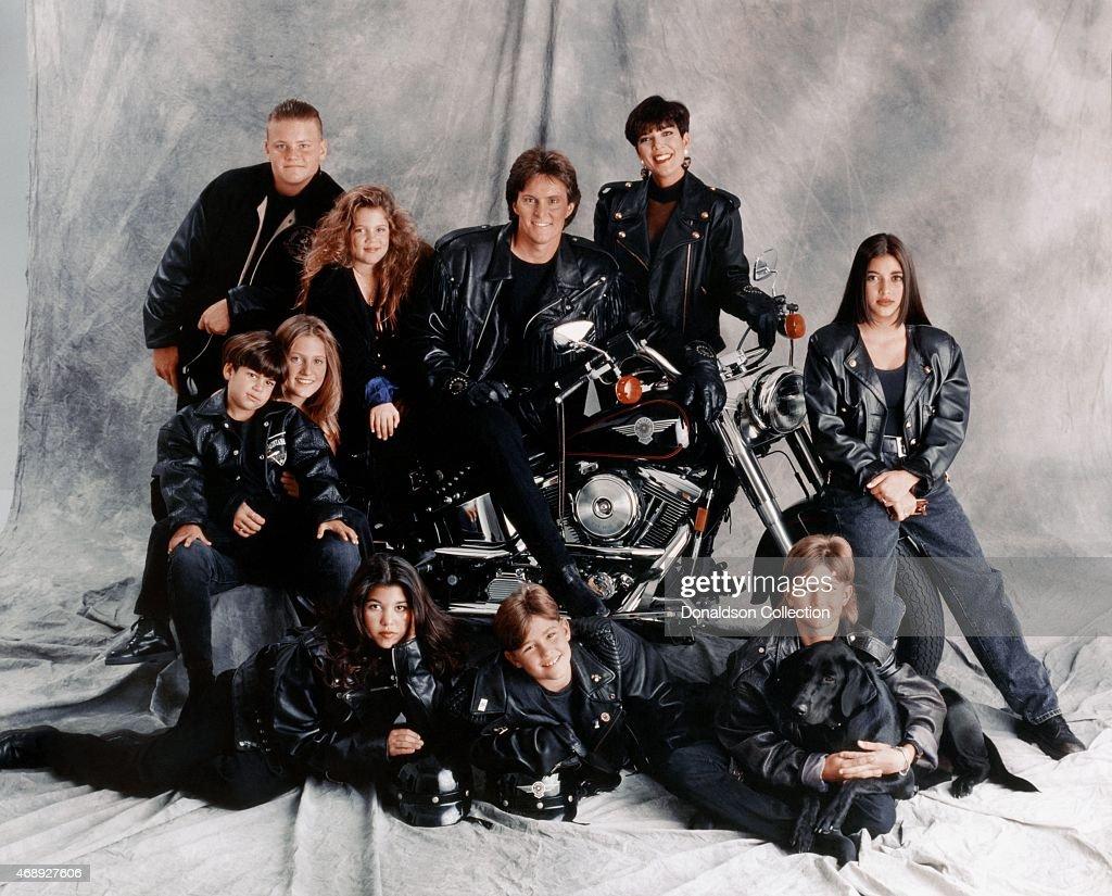 Kardashian Jenner Family Portrait : News Photo