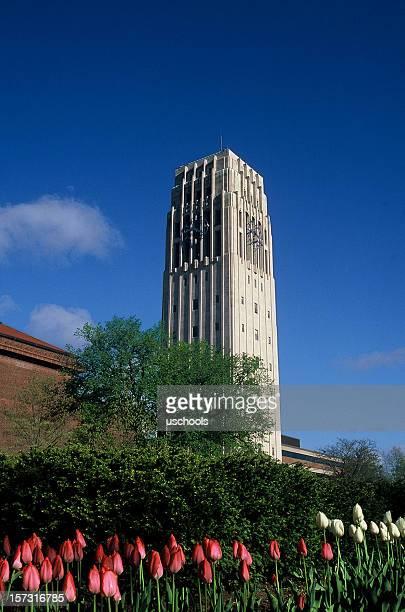 バートンタワー、ミシガン大学、アナーバー - アナーバー ストックフォトと画像