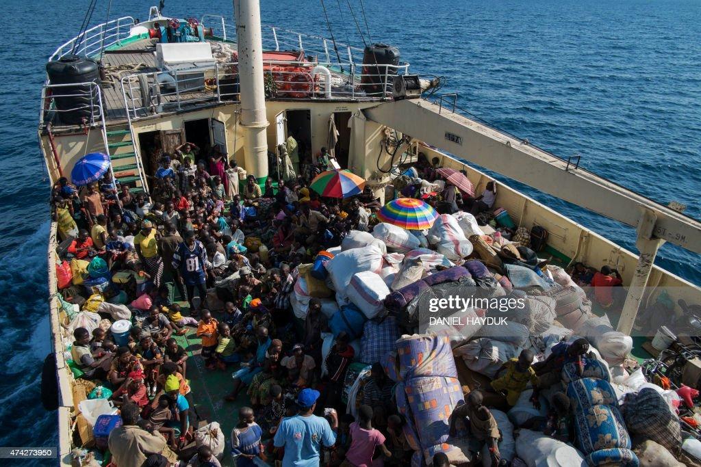 TANZANIA-BURUNDI-UNREST-REFUGEES : News Photo