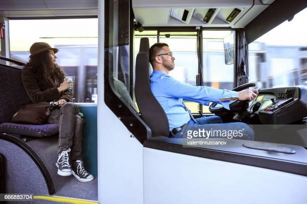 buschauffeur op het werk - tram stockfoto's en -beelden