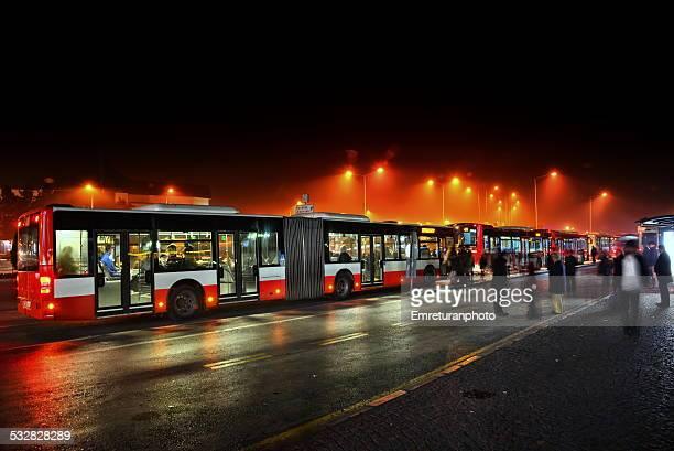 bus station in konak square at night - emreturanphoto fotografías e imágenes de stock