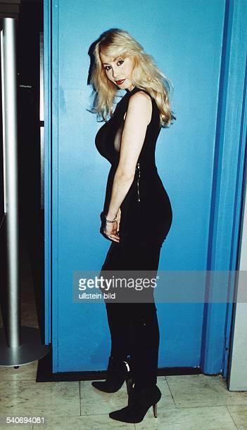 BusenWunder Dolly Buster in Seitenansicht aufgenommen im Februar 1999 Aufgenommen Februar 1999