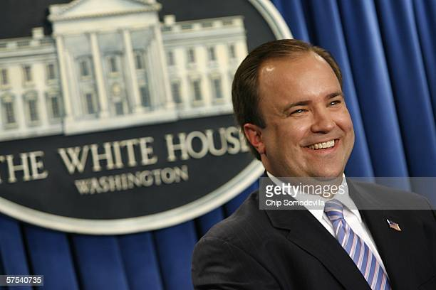 Bush Administration Press Secretary Scott McClellan holds his last official press briefing at the White House May 5 2006 in Washington DC McClellan...