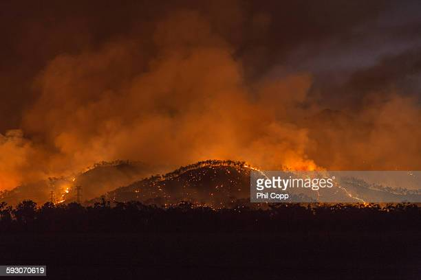 bushfire glow - australian bushfire stock pictures, royalty-free photos & images