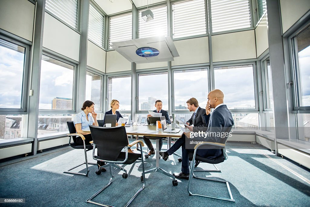 Business colleagues meeting in conference room : Stock-Foto