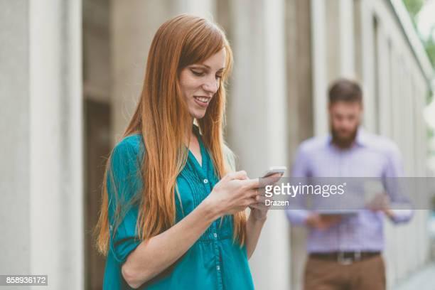 ビジネス コミュニケーションと会社を起動に対応