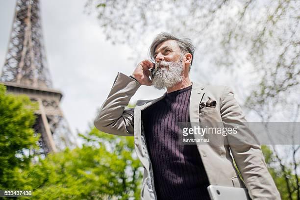 Geschäft Konversation in Paris