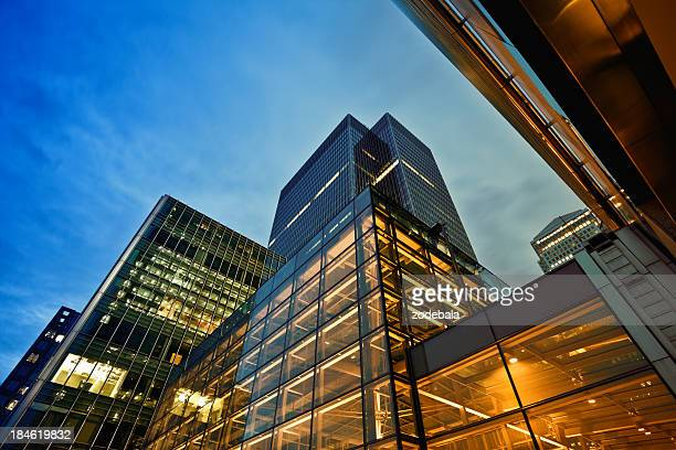 business district at dusk, london - building exterior stock pictures, royalty-free photos & images