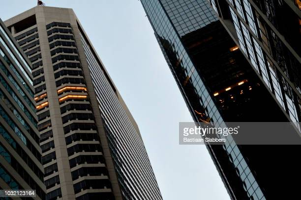 business district in philadelphia, pennsylvania - basslabbers, bastiaan slabbers stock pictures, royalty-free photos & images