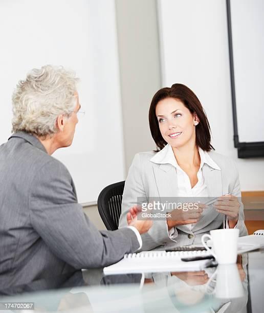 エグゼクティブミーティングに説明する