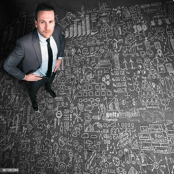 Business-Mann, die auf seinem plan