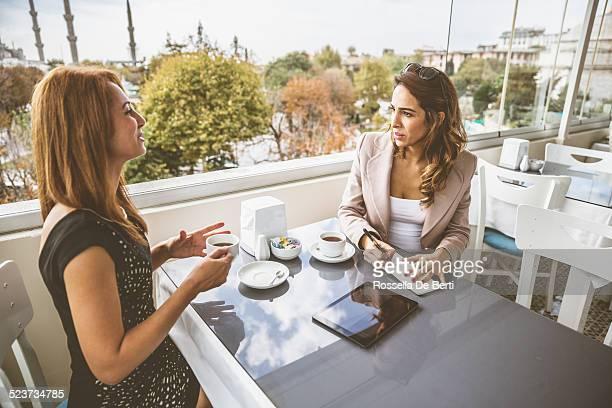 ビジネスミーティングには、Cafè-女子
