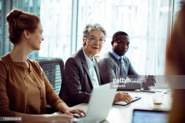 business meeting - employee engagement stock pictures, royalty-free photos & images