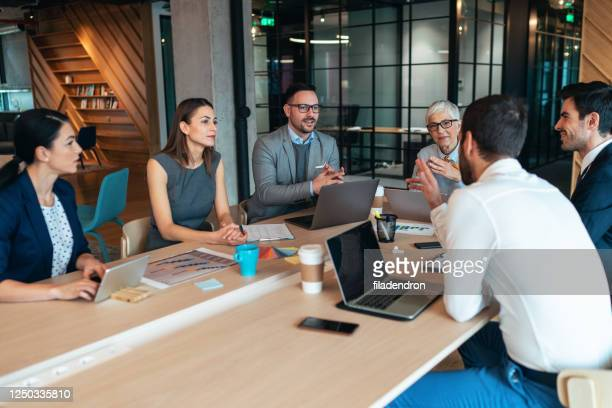 business meeting - bring your own device stock pictures, royalty-free photos & images
