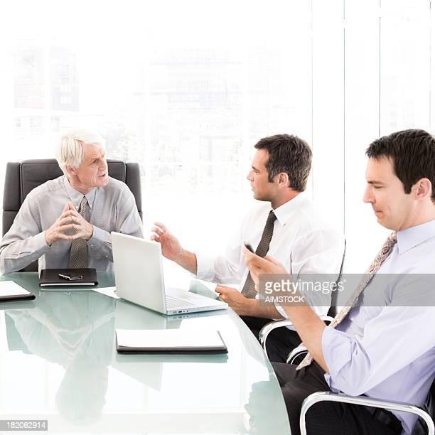 Reunión de negocios con director ejecutivo