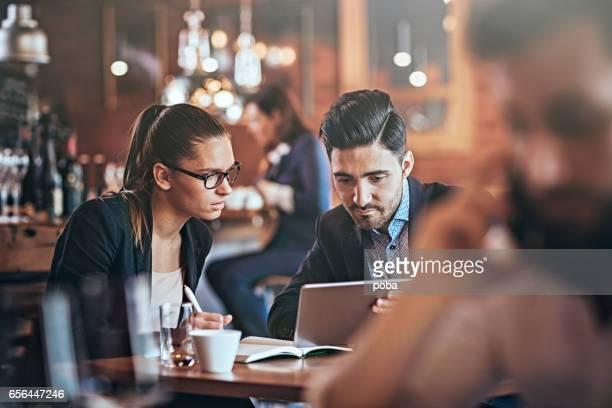 Business Metting im Restaurant
