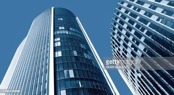 business office buildings - headquarters stock pictures, royalty-free photos & images
