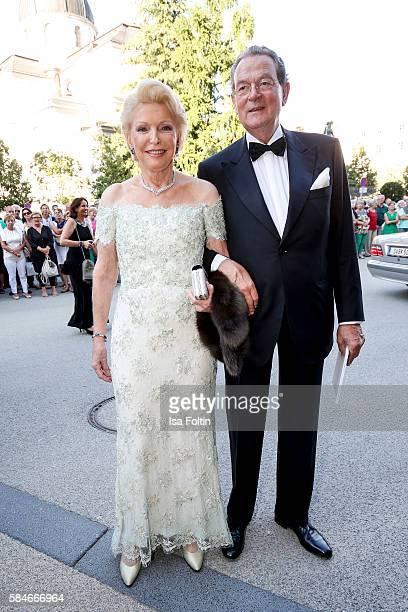 Business owner MariaElisabeth Schaeffler and her husband Jürgen Thumann attend the premiere of the opera 'Cosi Fan Tutte' on July 29 2016 in Salzburg...