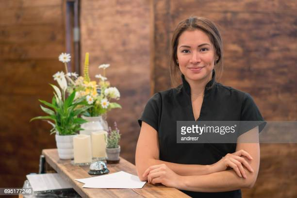 business owner working at a spa - massage therapist stock pictures, royalty-free photos & images